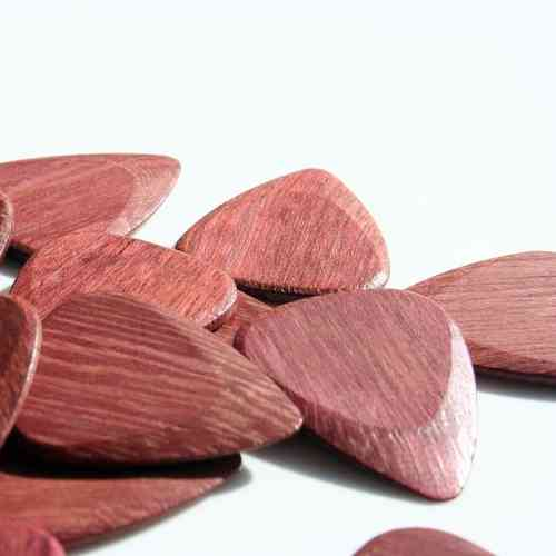 Timber Tone Guitar Wood Pick - Purple Heart (medium bright, medium hard)