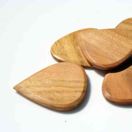 Blues Tones Wooden Plectrum - Haldu