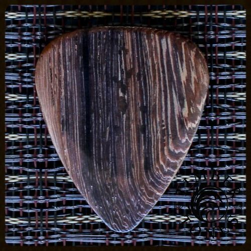 Timber Tones Guitar Wood Pick -  Thai Rosewood (medium soft)